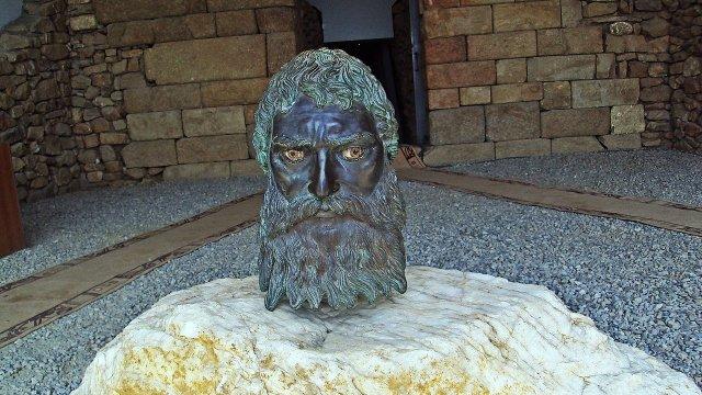 Скрито пред очите ти: Голяма Косматка – гробницата на тракийския ...