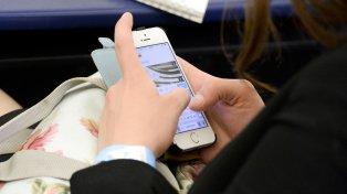 Европейски мобилни оператори ще споделят информация за местоположението за проследяване на разпространението на COVID-19